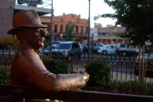 faulkner-statue-2-copy